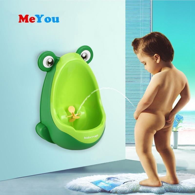 Baby Potty Stand Vertical Urinal Toilet Training Wall-Mounted Frog Pee Urine (colour:Green)(Green) - intl