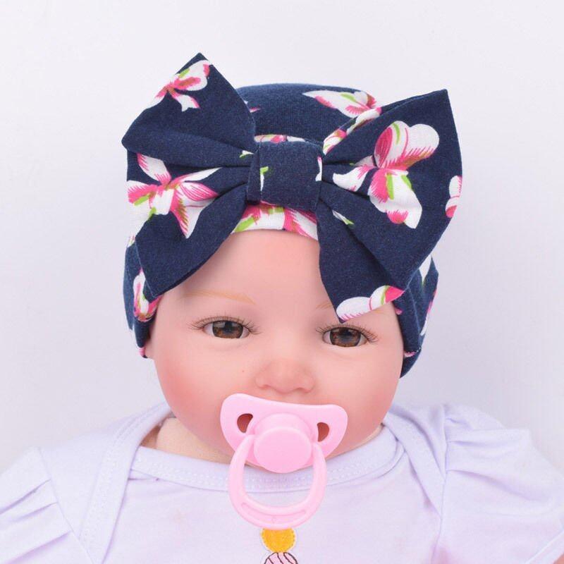 เด็กทารกแรกเกิดในโรงพยาบาลหมวกเด็กหมวกหมวกหูกระต่าย