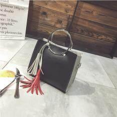 BB กระเป๋าถือ กระเป๋าสะพายข้าง กระเป๋าสะพายไหล่ (สีดำ)รุ่น 8022