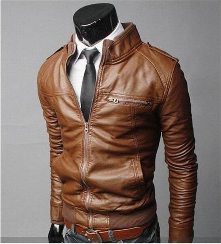 เสื้อผ้าแฟชั่นผู้ชายผอมพอดีกับปกเสื้อยืนรถจักรยานยนต์ทนกว่าหนัง PU สีน้ำตาลเสื้อสบาย ๆ-  ...
