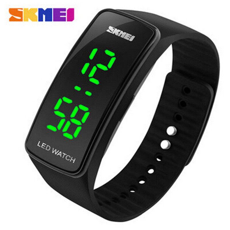 SKMEI Digital Watches Fashion Luxury Watch Ladies Dress Bracelet LED Women Wristwatches(Black)