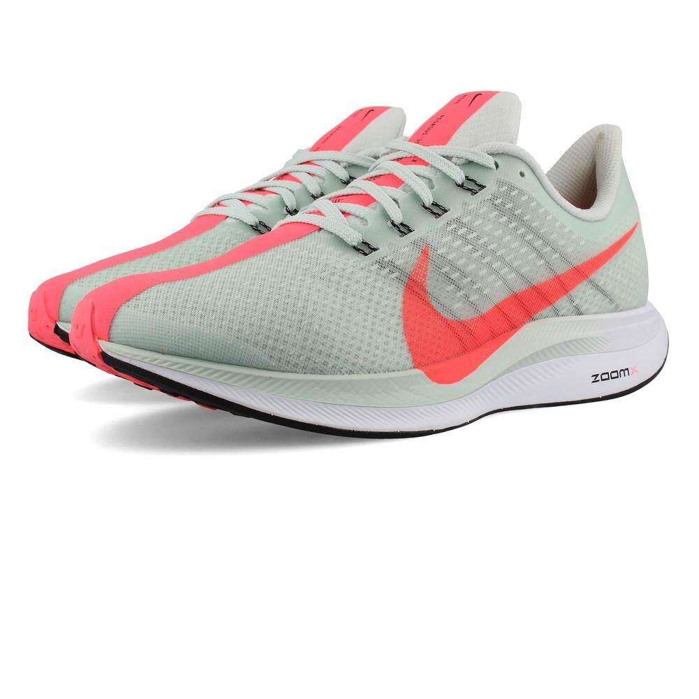 รองเท้าวิ่งผู้หญิง Nike Zoom Pegasus Turbo.
