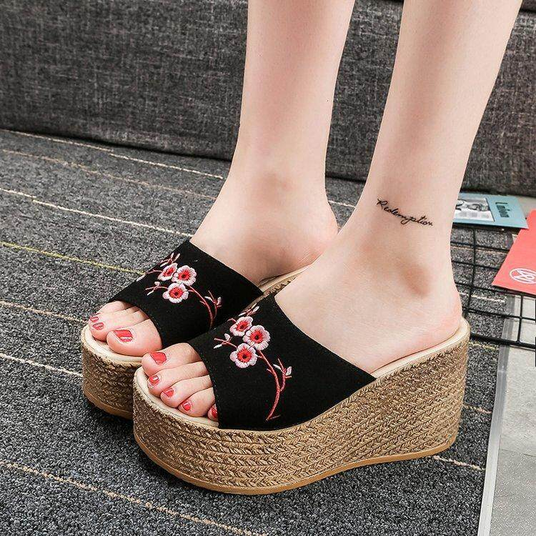 beddfd1169a28 2019 Summer New Embroidered Slippers Female Word Flower Sandals Lady High  Wedge Sandals