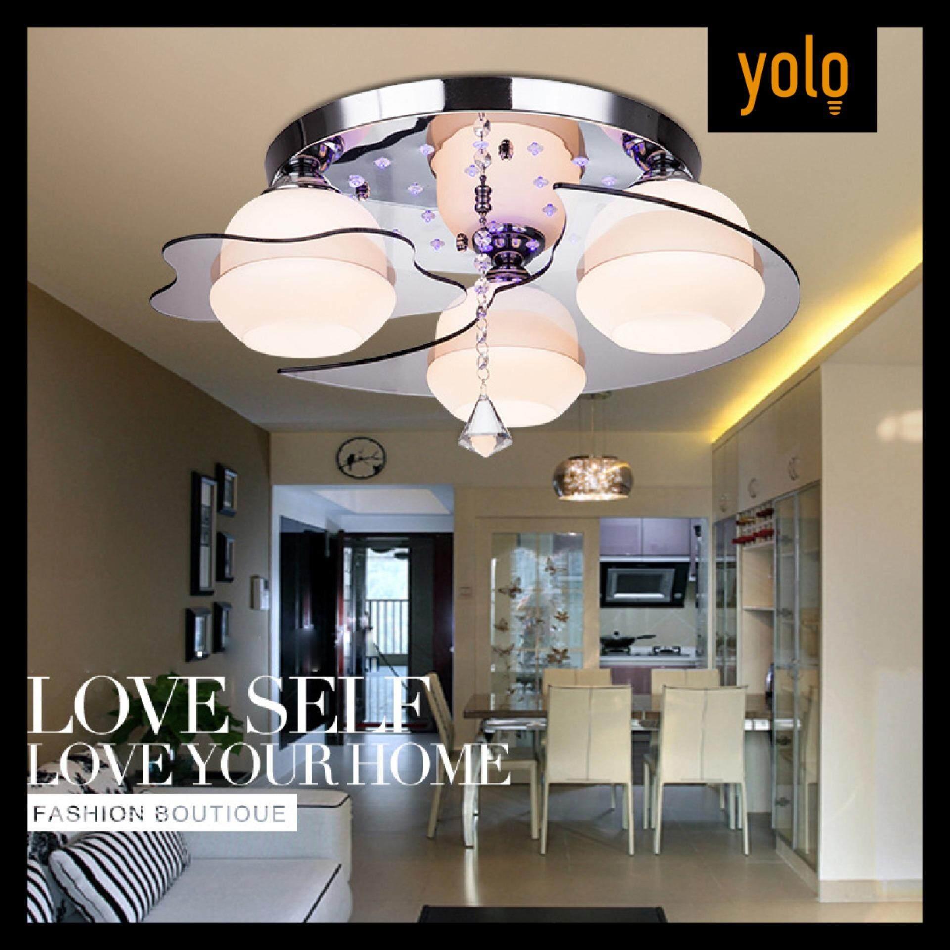 Yolo โคมไฟติดเพดาน รุ่น สีขาว ไม่รวมหลอดไฟ หลอดไฟ 3ดวง