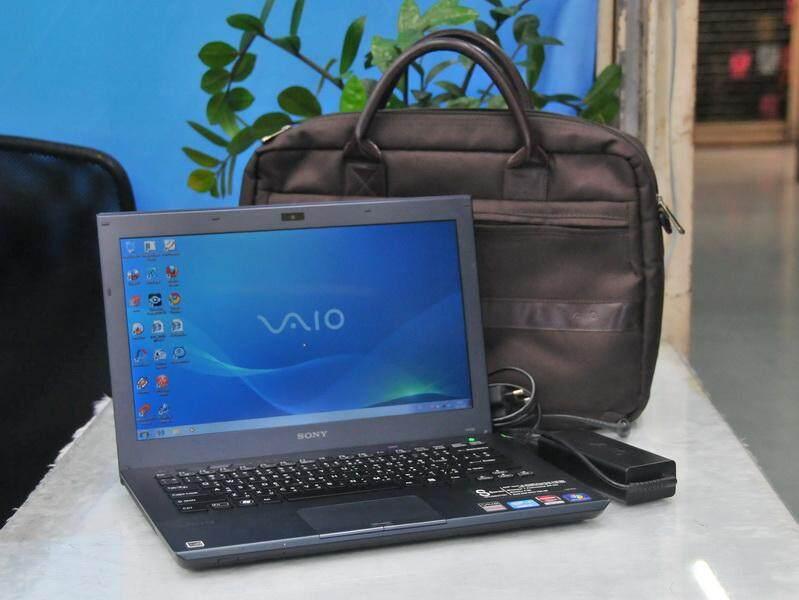ลดสุดๆ กระเป๋าใส่โน๊ตบุ๊คและเอกสาร สีน้ำตาลโอ๊ค สุดหรู ยี่ห้อ Sony ของแท้ ส่งฟรี Kerry Express!!