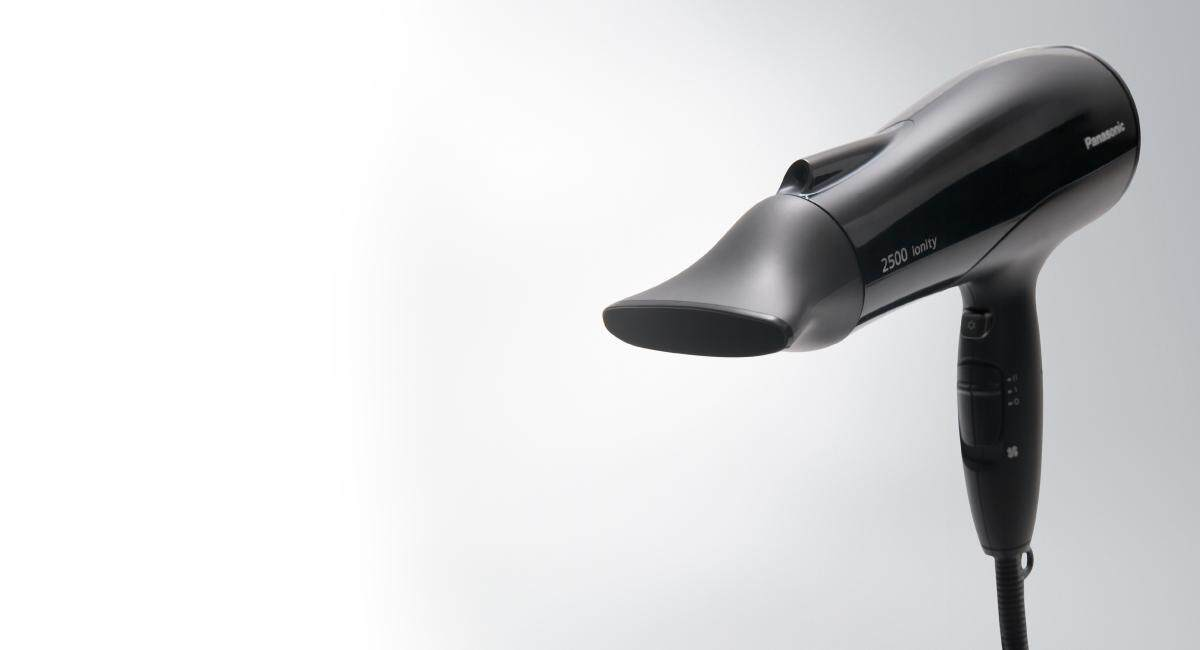 Panasonic เครื่องเป่าผมไฟฟ้า รุ่น EH-NE81 KL (สีดำ)