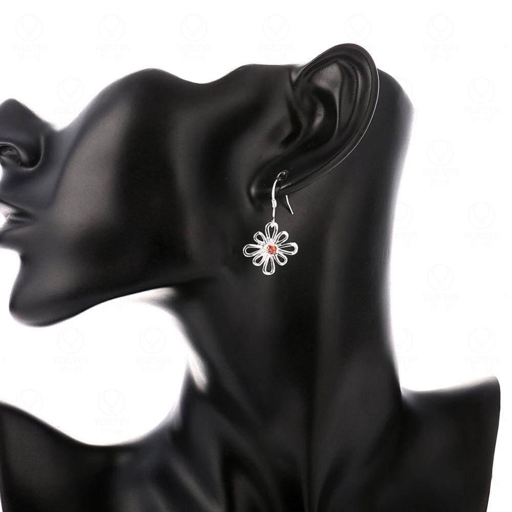 Yueyin LKNSPCE742 Membeli Anting-Anting Online Berlapis Perak Nuansa Romantis Hollow Bunga Bertatahkan Merah Anting-anting Zirkon Perhiasan Fashion untuk Wanita Pesta Pernikahan-Intl
