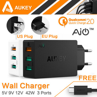 Harga Aukey Qualcomm Certified Quick Charge 2.0 42W 3 USB Ports USB Travel Desktop Charger qc 2.0 (Black) - intl