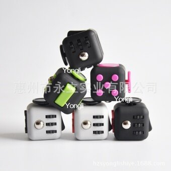 5 pcs  Fidget Cube  black - intl