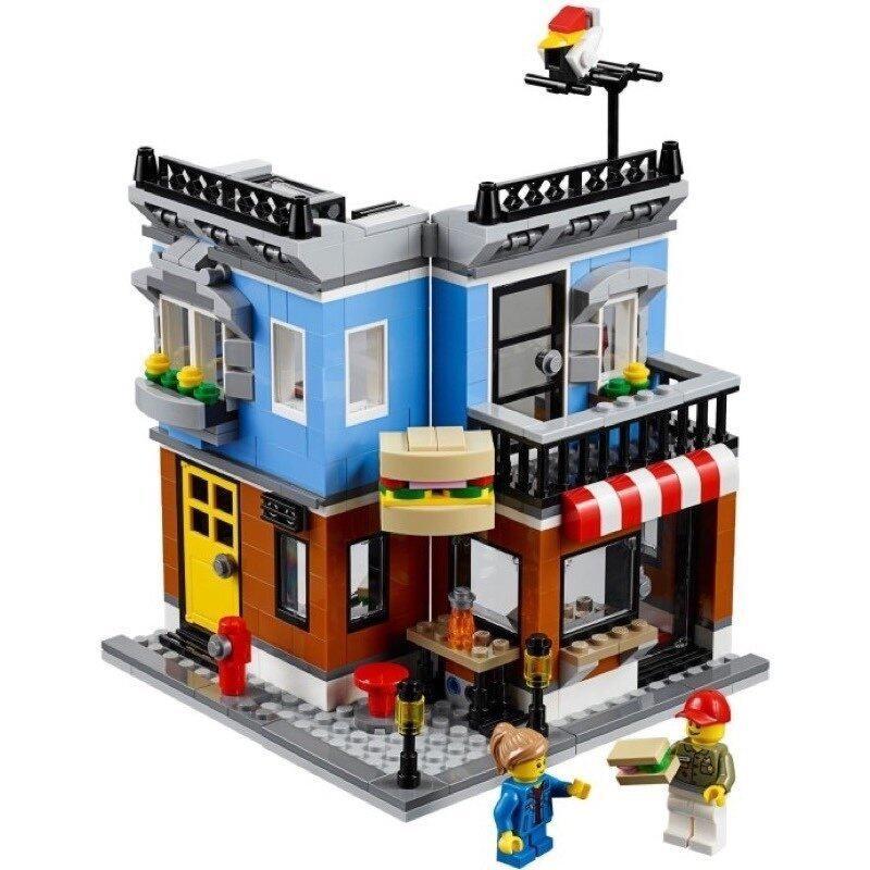 LEGO Creator 31050 Corner Deli image