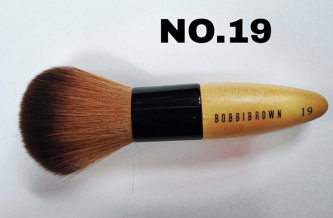 BOBBI BROWN B14 แปรงปัดแก้ม บ๊อบบี้บาวน์ no.14 และ No.15