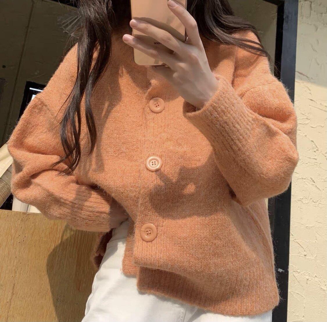 clothesfriend.co-คาร์ดิแกนไหมพรม Punch cardigan (สีม่วง/สีชมพูเข้าเพิ่มกลางเดือน ส.ค.)