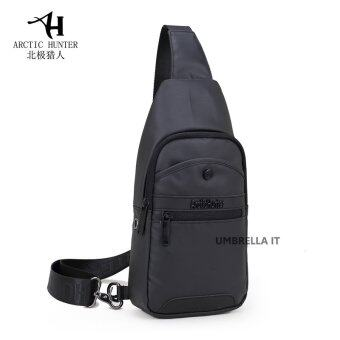 กระเป๋าสะพายข้าง พาดลำตัวสีดำ ผู้ชาย รุ่นXB13001 (สีดำ)