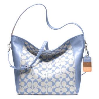 ต้องการขายด่วน Coach กระเป๋าสะพายมีหูหิ้วสำหรับผู้หญิง รุ่น 23488 สีฟ้า