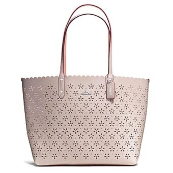 เสนอราคา COACH CITY TOTE IN LASER CUT LEATHER รุ่น 38158 GREY BIRCH