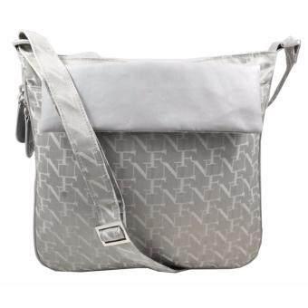 อยากขาย กระเป๋าสะพายพาดลำตัว Shoulder Bag 12-08-00-30040-5 Col. Grey