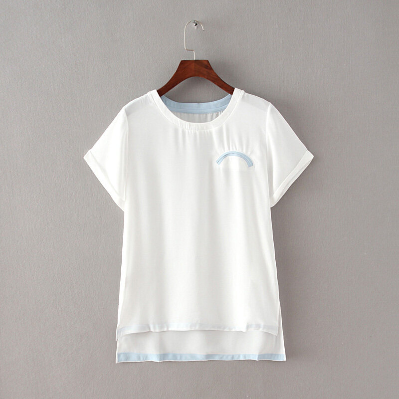 ระดับ high-end เสื้อชีฟองเดิมใหม่หลวมเสื้อด้านหน้าสั้น (สีขาว)