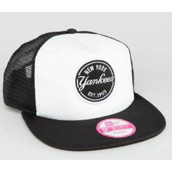 New Era Mesh Trucker with NY Yankees Logo