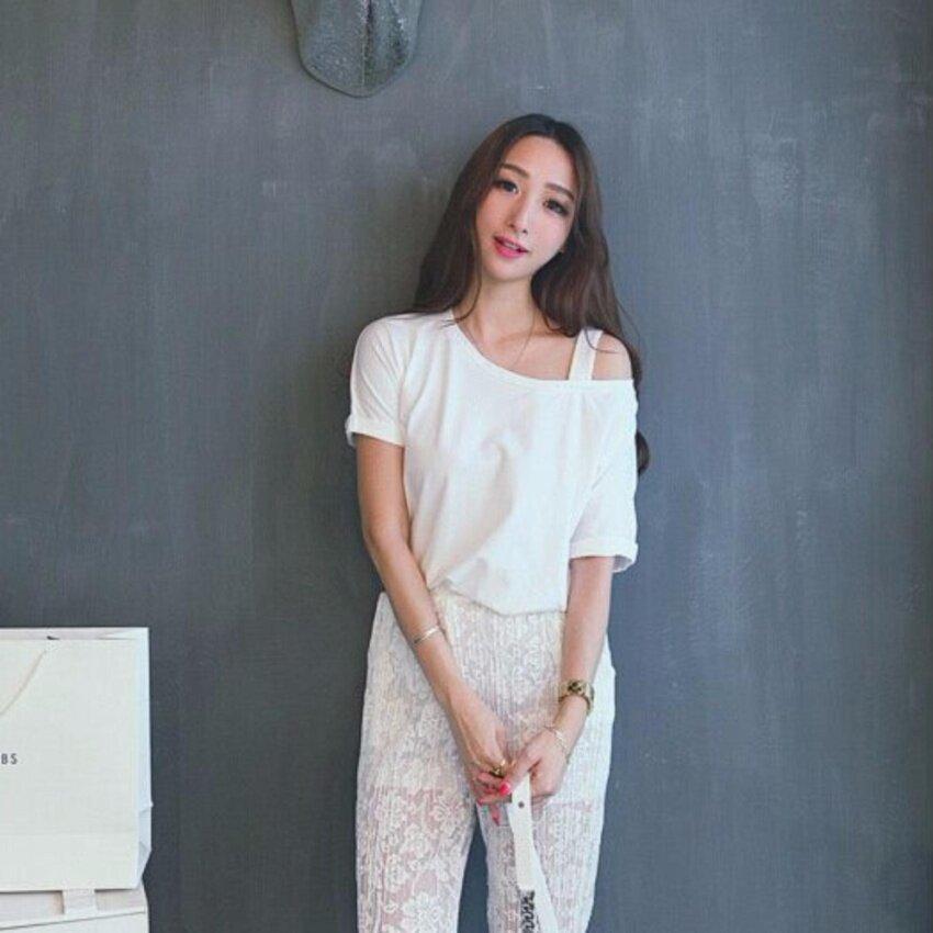 ขาย NW Fashion เสื้อเปิดไหล่แฟชั่น สีขาว