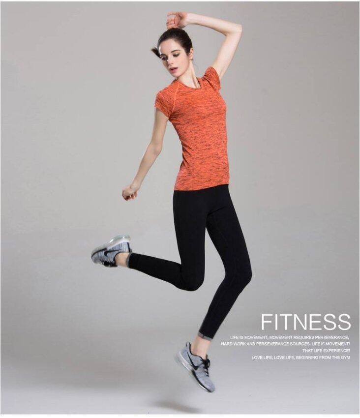 PBx ชุดออกกำลังกาย เสื้อสีส้ม +กางเกงออกกำลังกายสีดำ