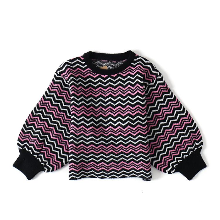 หลวมเกาหลีเสื้อสวมหัวเสื้อกันหนาวเสื้อกันหนาวสั้น (สีดำและสีขาวผงลูกฟูก)