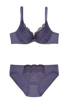 Sabina เซ็ทชุดชั้นในกางเกงชั้นใน ลายหยัก รุ่น SBI574 SUI574 (Purple)