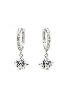 Vintage 18k white Gold filled crystal Rhinestone Earrings Silver