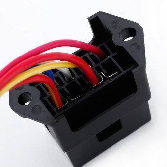 Harga 4 Way DC32V Circuit Car Trailer Auto Blade Fuse Box Block Holder ATC ATO 2-input 4-ouput Wire