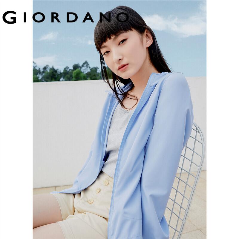 Giordano Women เสื้อแจ็คเก็ตกันลมน้ำหนักเบามีหมวกพร้อมป้องกันรังสียูวี (ป้องกันรังสีอัลตราไวโอเลต UV) Free Shipping 05371090