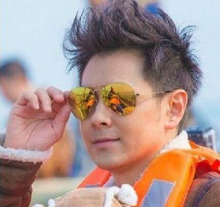 ... SUN kacamata 2018 model baru Retro Gaya Korea Elegan Wanita kacamata  hitam pria mengemudi kepribadian kacamata ... acb939d961